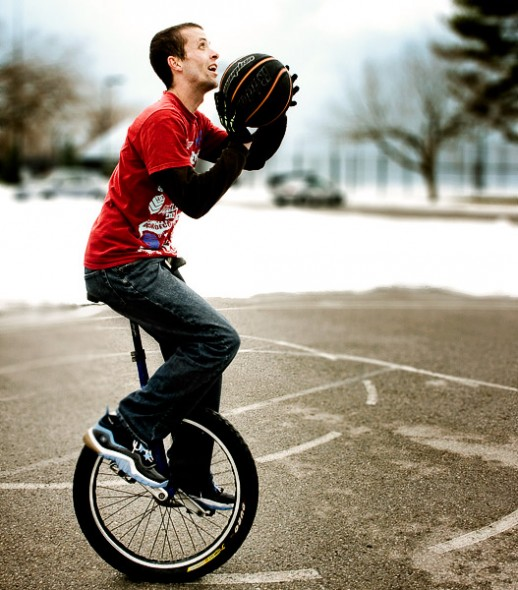 unicycle_basketball